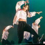 【画像】佳子さまの「セクシー腹だしダンス」に全国民がメロメロ!